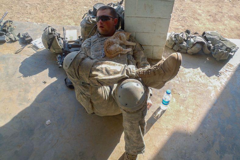 Soldado a descansar