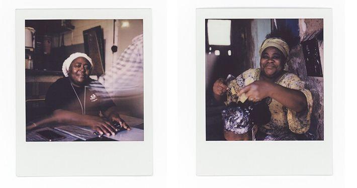 Esquerda: Lulu posa para um retrato no café da Ivete. Direita: Cristiana Chaves, 55 anos, trata do cabelo da ...
