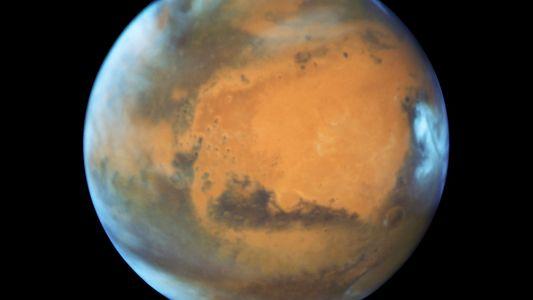 Marte, o Eclipse da Lua e Outros Fenómenos Astronómicos no Céu de Julho