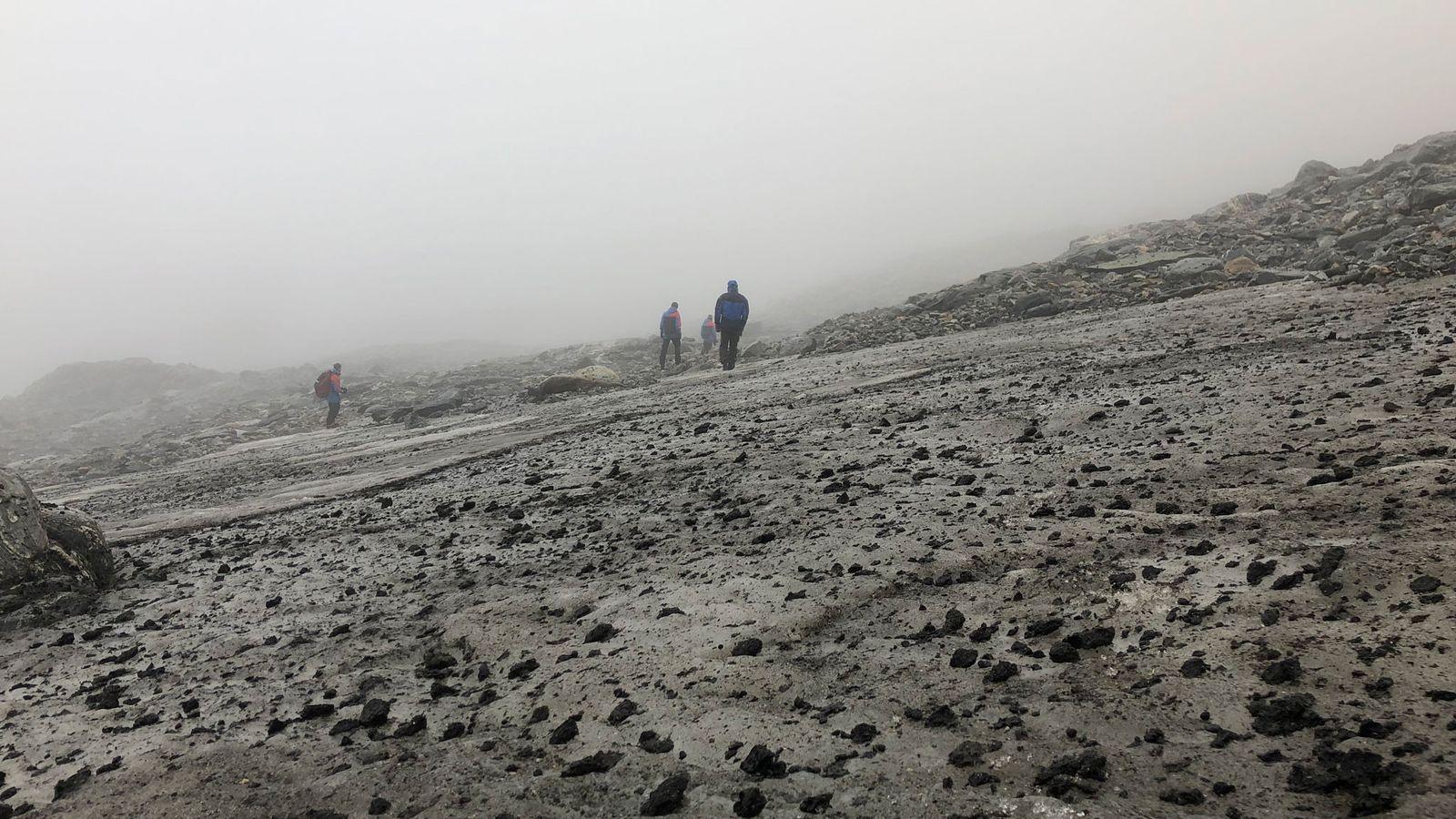 A mancha de gelo de Lendbreen, na Noruega, vista aqui numa fotografia captada em 2019, está ...
