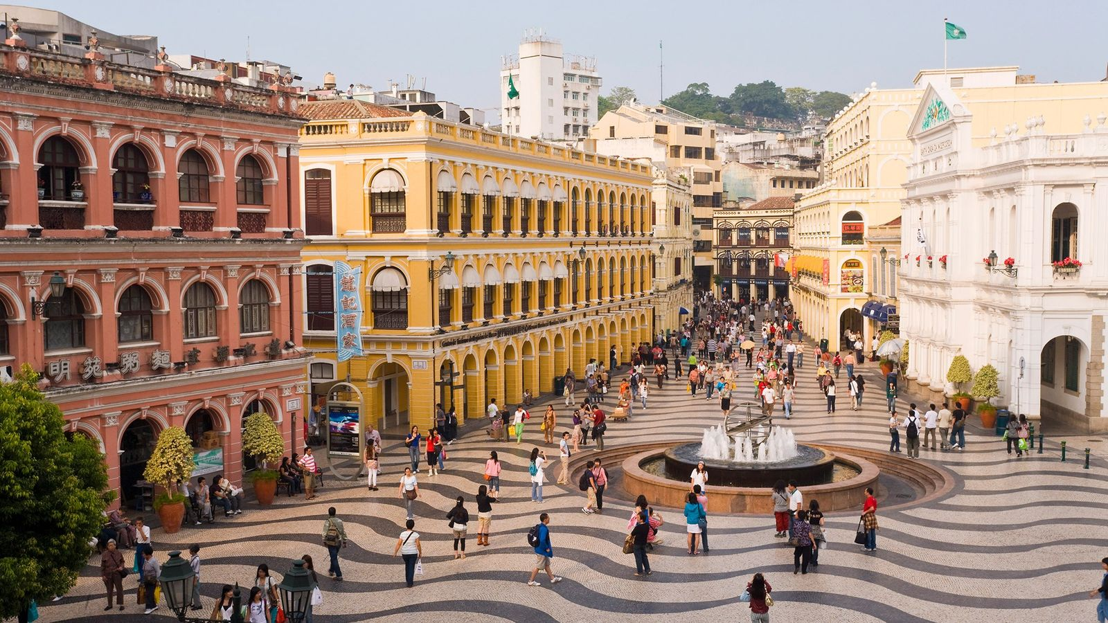 Macau mistura raízes portuguesas e chinesas que influenciam a sua diversa gastronomia.