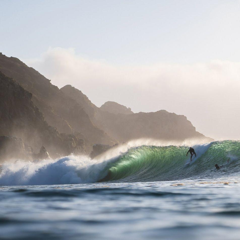 Mulheres lideram no próximo grande destino de surf do mundo
