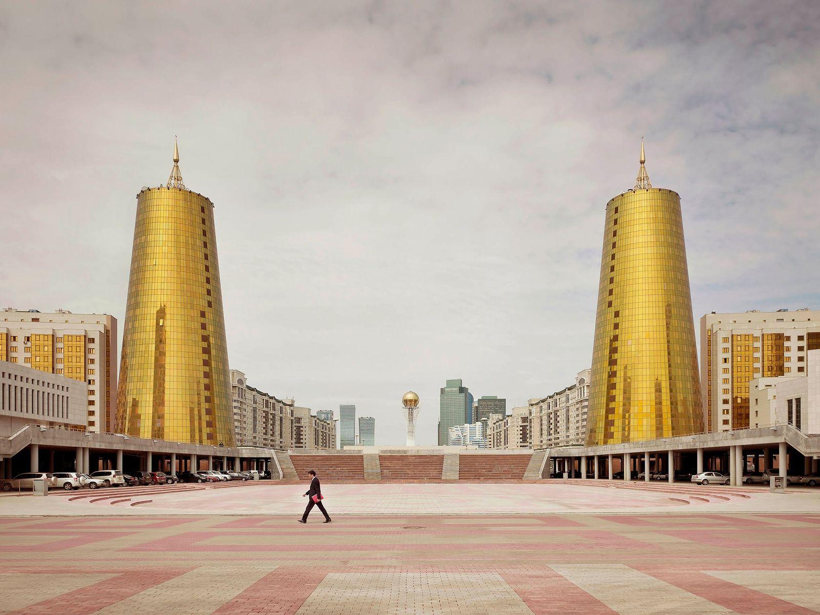 Imagens Surreais da Arquitetura Pós-Soviética