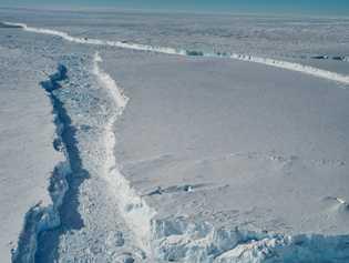 O B-46 é basicamente uma grande fatia da parte dianteira da plataforma de gelo de Pine ...