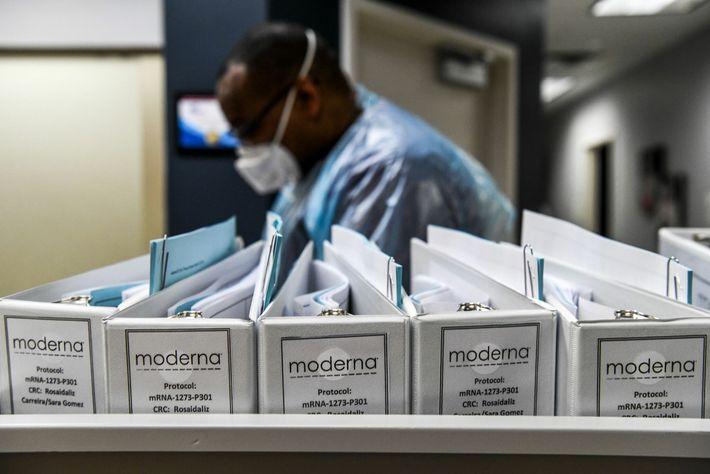 Ficheiros de protocolo para vacinas COVID-19 da empresa de biotecnologia Moderna nos Centros de Pesquisa da ...