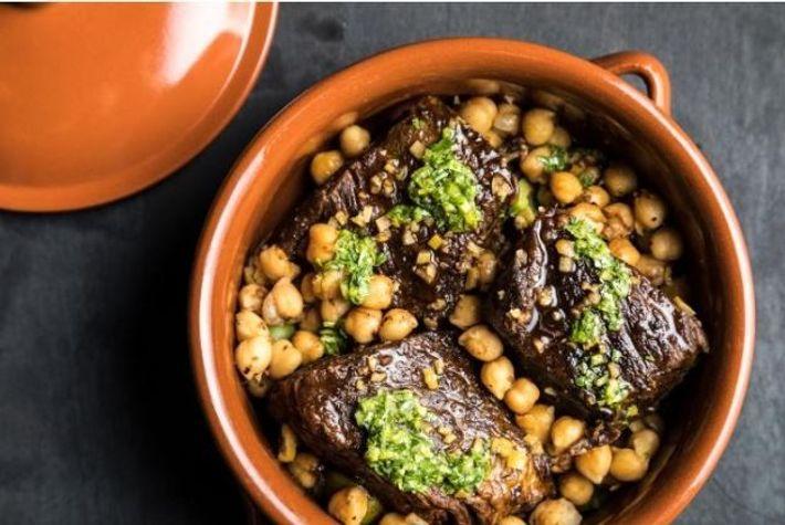 Receita de bife do acém estufado com especiaria ras el hanout