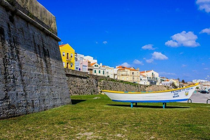 Muralha de Buarcos, na Figueira da Foz.