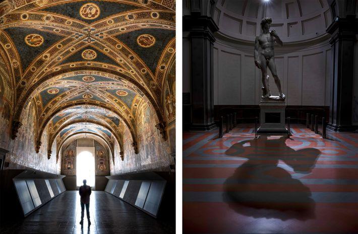 Esquerda: Um segurança no sossego do Salão dos Peregrinos, na Santa Maria della Scala de Siena. Direita: ...