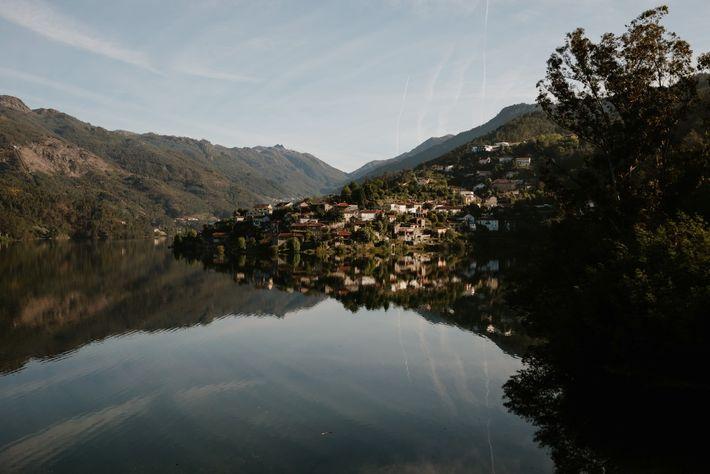 As margens do Rio Cavado, no Gêres.