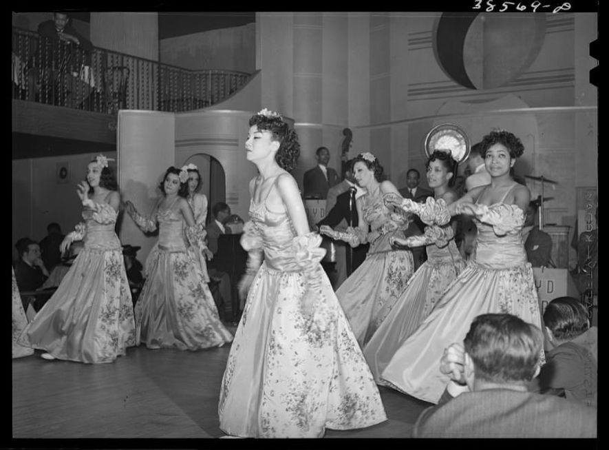 Os cabarets tiveram uma força muito grande na década de 1920.