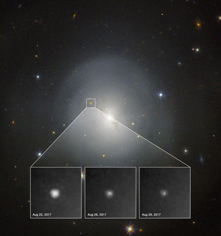 Jacto de raios gama causado pelo binário de estrelas de neutrões GW170817. Graças à detecção das ...
