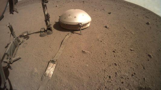 Sonda InSight da NASA revela primeiro vislumbre do interior de Marte