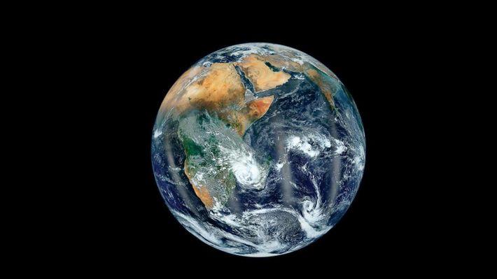 Os oceanos e continentes terrestres num elegante retrato do nosso planeta.