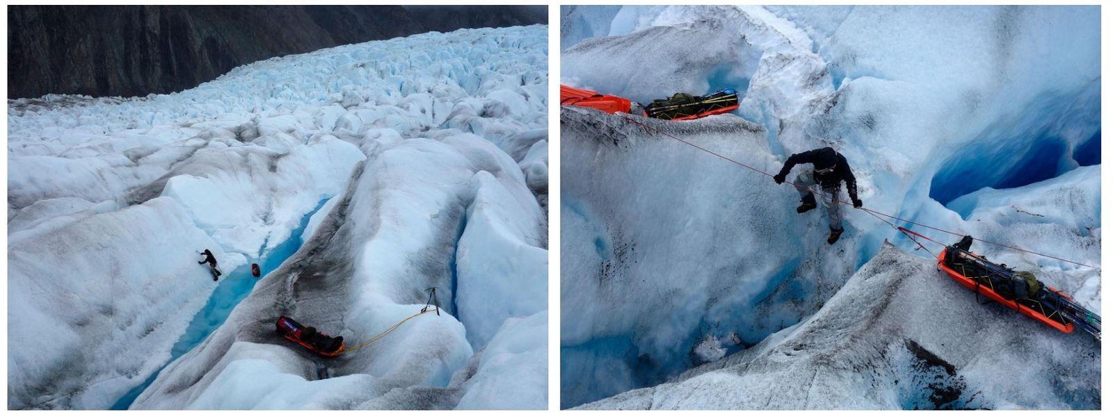 Esquerda: A equipa teve dificuldades a atravessar a calota de Stikine. A região está repleta de ...