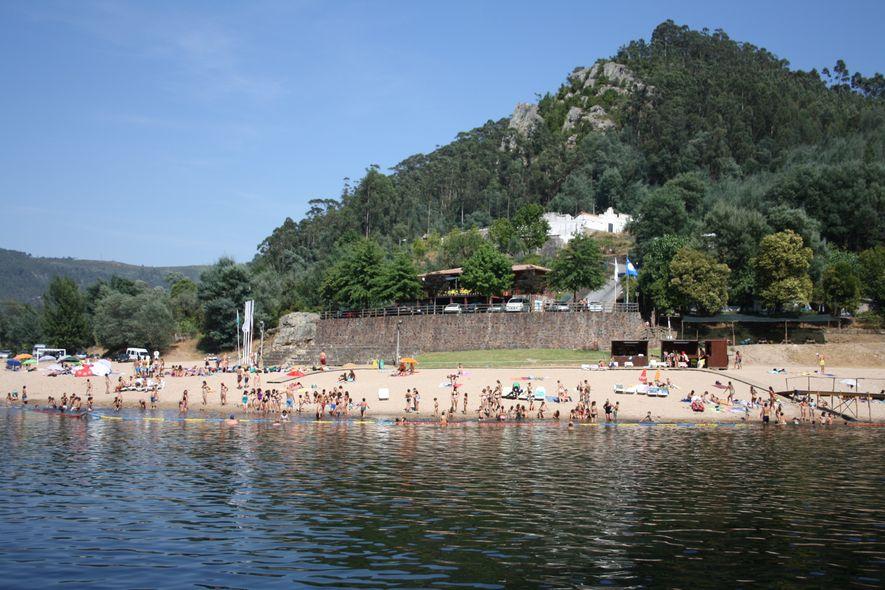 Praia Fluvial do Reconquinho, Penacova.