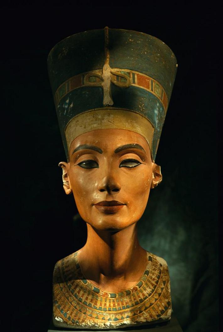 Busto da rainha egípcia Nefertiti.