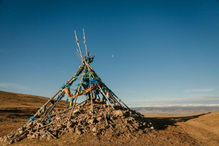oovo ou santuário cerimonial de pedra e madeira