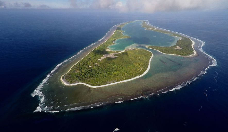 A expedição de Ballard centra-se na Ilha Nikumaroro, um atol desabitado que faz parte da nação ...