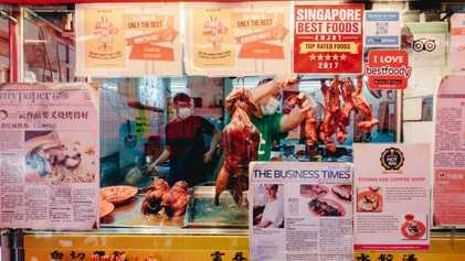 A icónica, mas ameaçada, street food de Singapura é agora reconhecida pela UNESCO