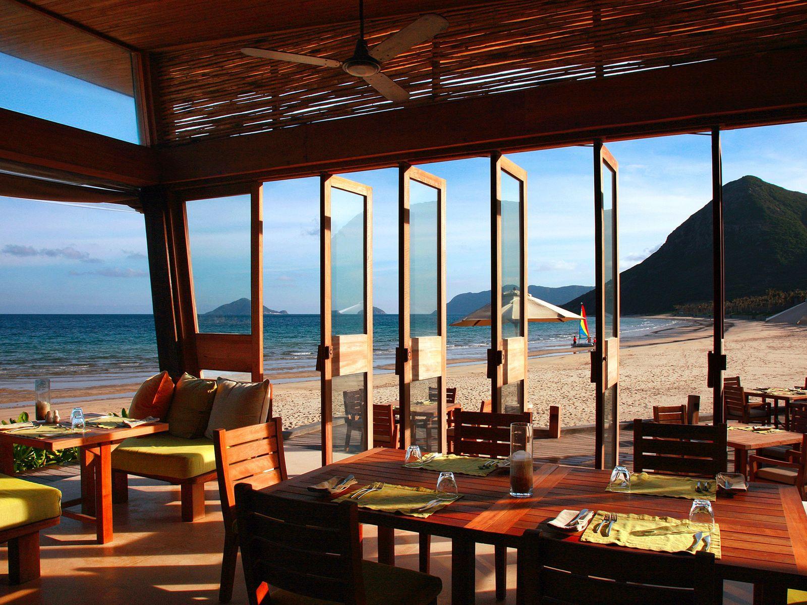 By The Beach no Six Senses Con Dao, no Vietname.