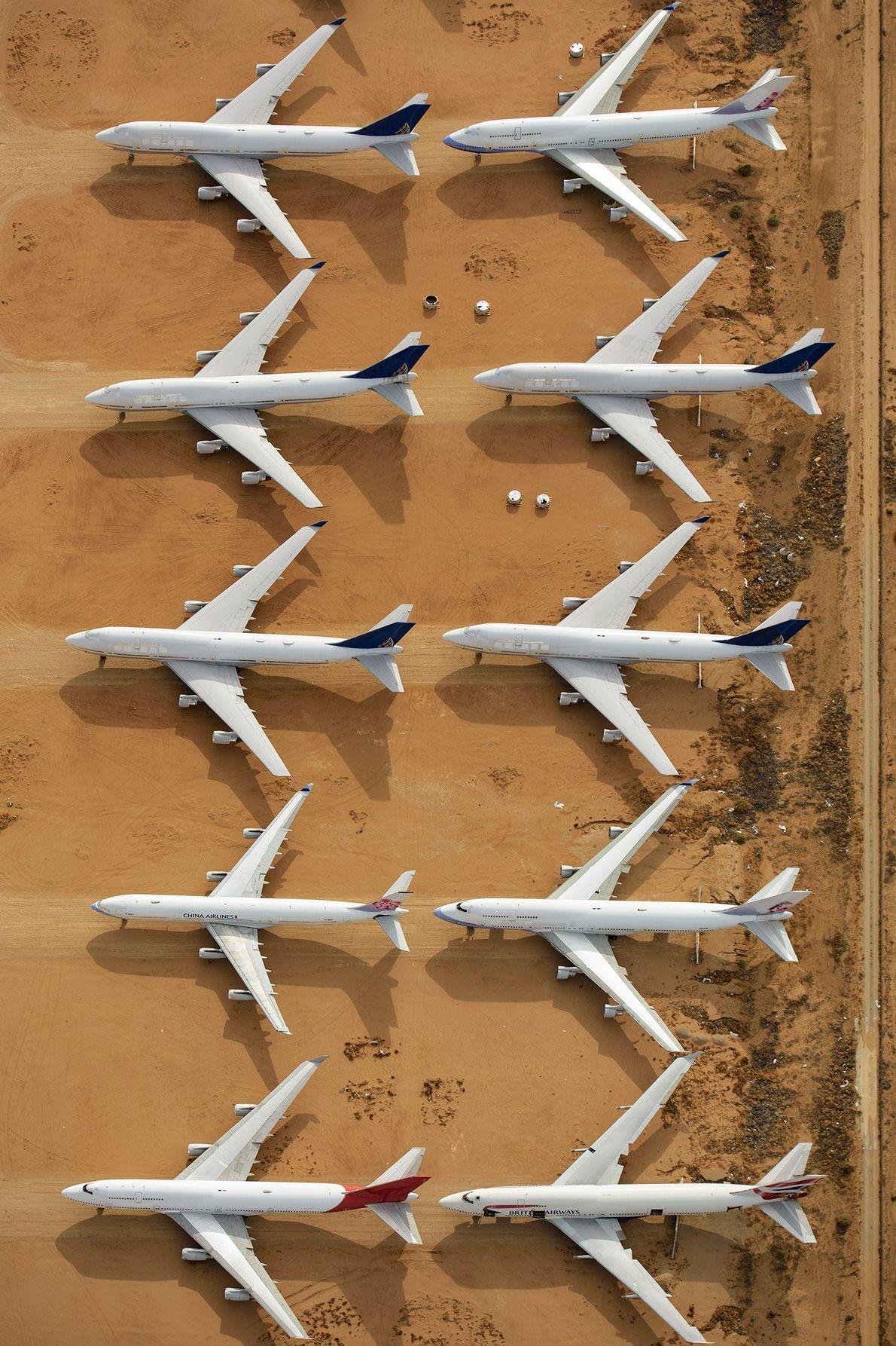 O aeroporto também recebe aviões em fim de vida, agora usados para peças e ferro velho.