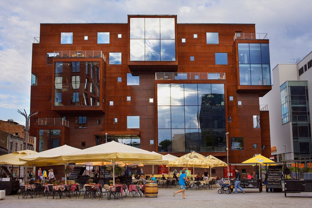 TALLINN, ESTÓNIA – A capital da Estónia evoluiu do estado soviético para o centro da tecnologia ...