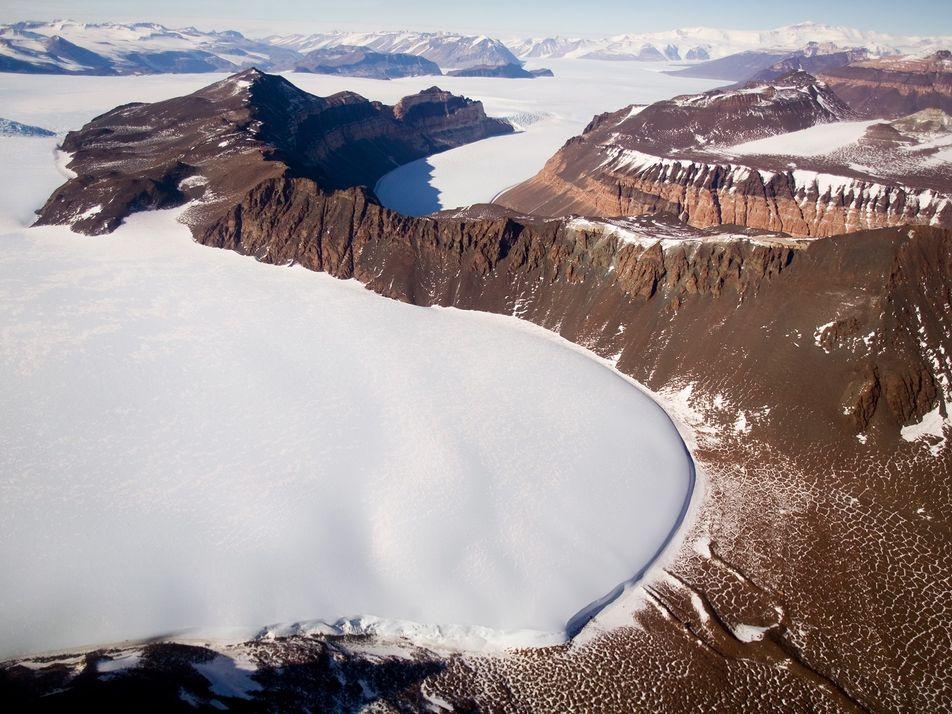 Maior Camada de Gelo da Terra Pode Estar Mais Vulnerável ao Degelo do que se Pensava