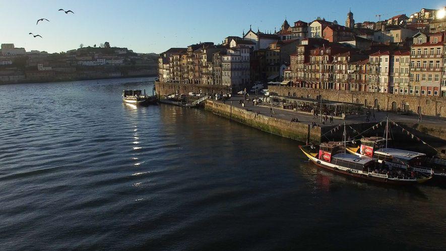 Veja como os Cruzeiros Fluviais Podem Enriquecer as Suas Viagens a Maravilhas Históricas