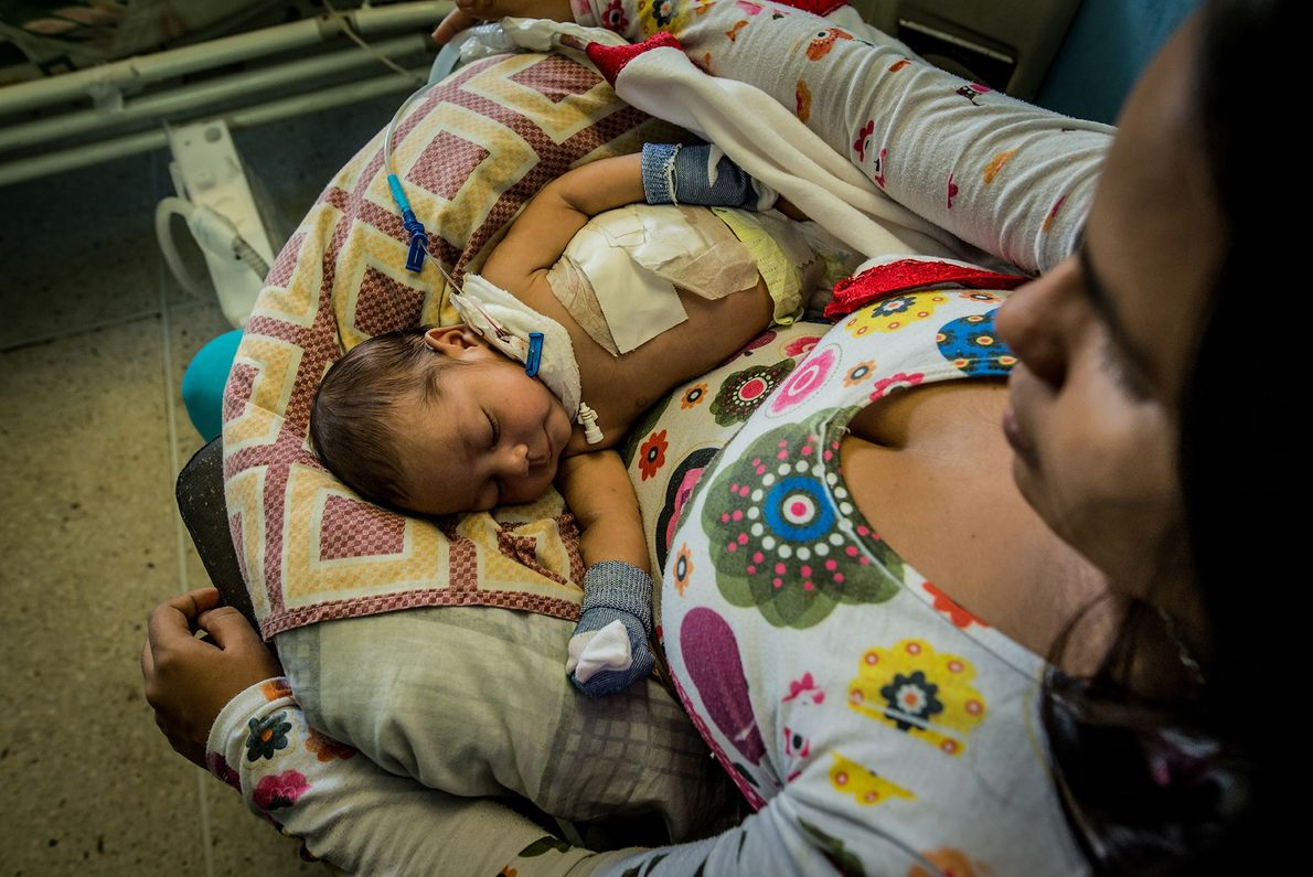 Escassez de medicamentos e provisões na Venezuela