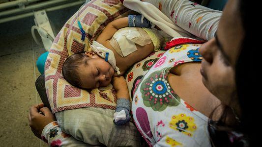 Pacientes Desesperados na Venezuela Viram-se Para Curas Espirituais