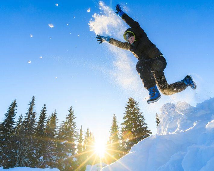 Na Suécia e noutros países de climas frios, as crianças desfrutam do inverno em vez de ...