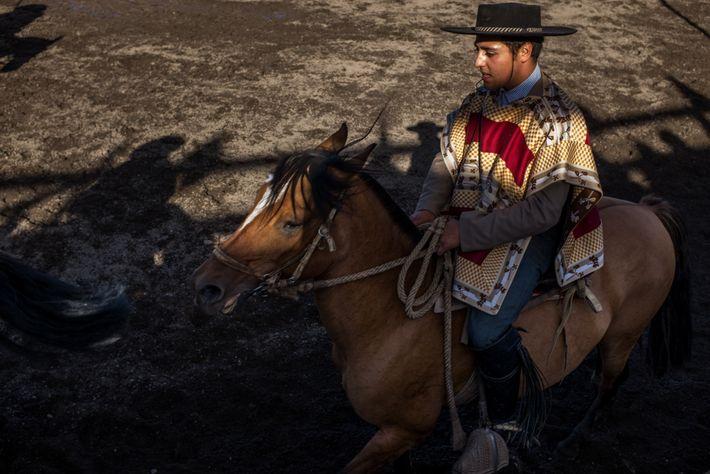 Em janeiro, a cidade de Coyhaique tem a Fiesta Costumbrista, uma celebração da cultura e tradições ...