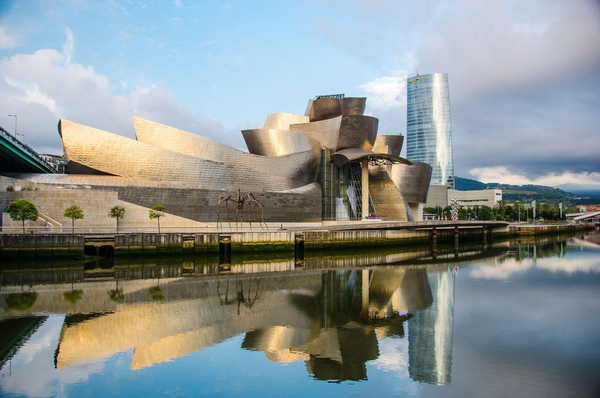 Museu Guggenheim de Bilbau, Bilbau, Espanha.
