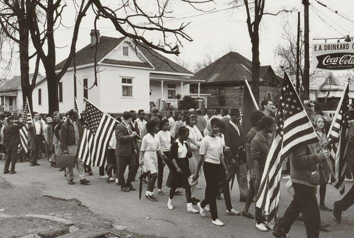 Ativistas dos direitos civis, incluindo jovens manifestantes